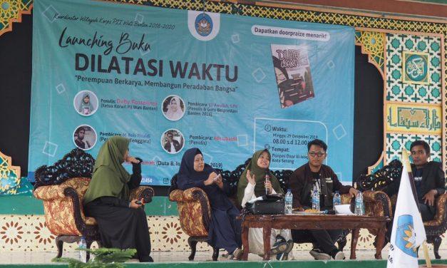 Bedah Buku, PII Wati Banten Ajak Pelajar Berdaya dan Berkarya