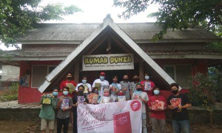 Pizza Hut Bagikan Ratusan Buku