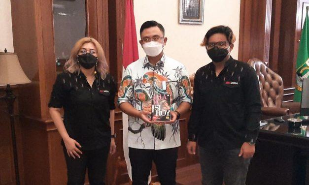 Wagub Dukung Buku Balada Si Roy Difilmkan!