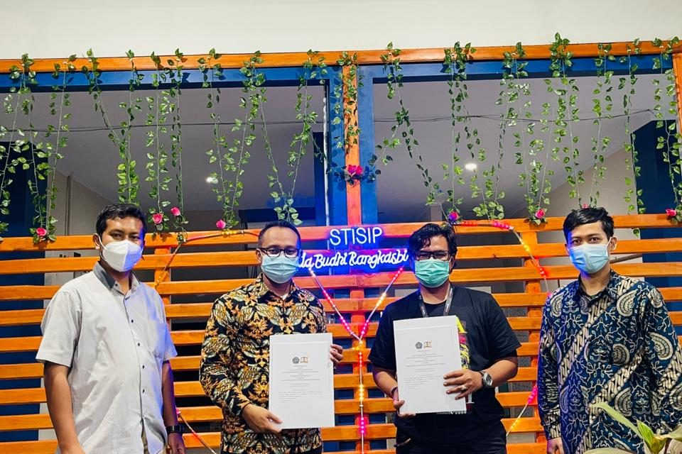 Untirta Press dan STISIP Setia Budhi Jalin Kerja Sama
