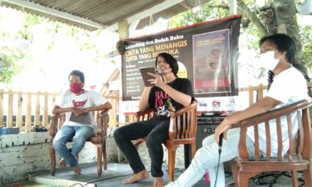 "Peluncuran Buku Puisi Penyair Banten Terpilih ""Cinta yang Menangis, Cinta yang Berduka"""
